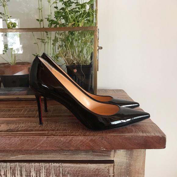 f39376439544 Christian Louboutin Shoes - Christian Louboutin Decollete Patent Black Heels